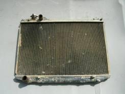 Радиатор охлаждения двигателя. Toyota Crown, LS126 Двигатель 2L