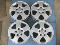 Nissan. 5.5x15, 5x114.30, ET45, ЦО 66,0мм.