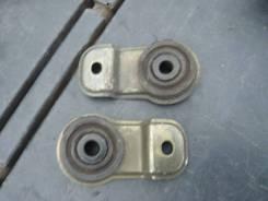 Крепление радиатора. Nissan Laurel, GC35