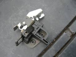 Замок крышки багажника. Nissan Laurel, GC35