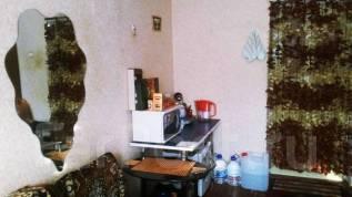 Комната, улица Пирогова 32. центр, частное лицо, 12 кв.м.