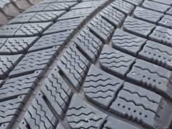 Michelin X-Ice Xi3. Зимние, без шипов, 2014 год, износ: 10%, 4 шт