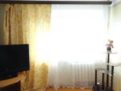 "2-комнатная, бульвар Озерный 4. р-н рынка ""Балкия"", 42 кв.м. Комната"