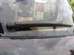 Дворник двери багажника. Nissan Juke