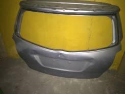 Крышка багажника. Toyota Verso