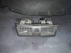 Консоль центральная Nissan Cefiro, A33 требует чистки Nissan Cefiro, PA33, A33