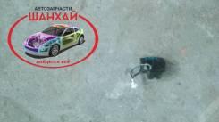 Замок двери. Toyota Opa, ZCT10, ZCT15, ACT10 Двигатели: 1AZFSE, 1ZZFE