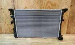 Радиатор охлаждения двигателя. Infiniti QX30 Infiniti Q30