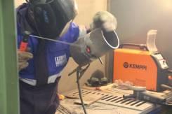 Сварочные работы: замена петель, ремонт и подрезка гаражных ворот.