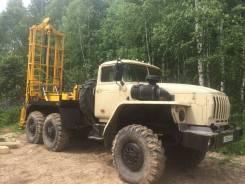 Урал. Продаётся буровая машина на базе , 12 000 куб. см., 12 000 кг.