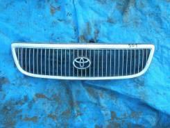 Радиатор охлаждения двигателя. Toyota Aristo