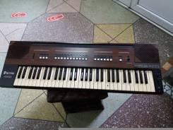 Продам электронный синтезатор ( Италия)