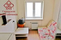 Гостинка, улица Адмирала Кузнецова 42а. 64, 71 микрорайоны, проверенное агентство, 14 кв.м. Интерьер
