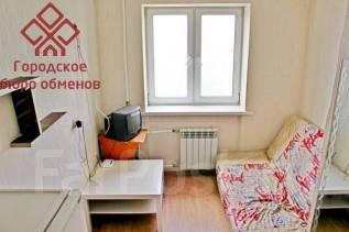 Гостинка, улица Адмирала Кузнецова 42. 64, 71 микрорайоны, проверенное агентство, 14 кв.м. Интерьер