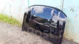 Капот. Toyota Land Cruiser