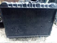 Радиатор охлаждения двигателя. Mazda Bongo, SEF8T, SSF8W Двигатель RF