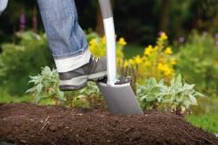 Копка земли лопатой