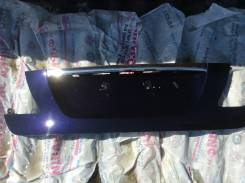Накладка крышки багажника. Lexus LS600H / 600HL Lexus LS460
