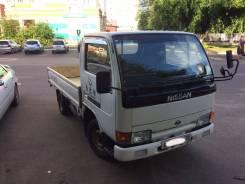 Nissan Atlas. 1994, 2 300 куб. см., 1 500 кг.