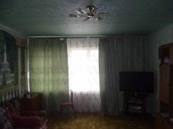 Продам 1/2 дома котэжного типа. П.Комсомольский, р-н кореновский, площадь дома 82 кв.м., централизованный водопровод, электричество 2 кВт, отопление...