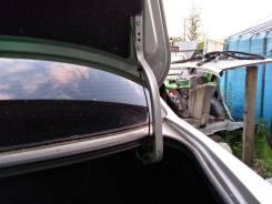 Крепление крышки багажника. Toyota Mark II, JZX115, GX115, JZX110, GX110 Двигатели: 1JZFSE, 1JZGTE, 1GFE, 1JZGE