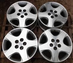 Nissan. 7.5x17, 5x114.30, ET35, ЦО 66,1мм.