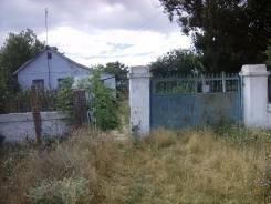 Продаётся дом в селе Вершинное!. Вершинное, р-н Сакский р-н, площадь дома 55 кв.м., централизованный водопровод, отопление твердотопливное, от агентс...