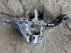 Педаль тормоза. Nissan Skyline, PV36, CKV36, NV36, V36, KV36 Двигатели: VQ37VHR, VQ25HR, VQ35HR