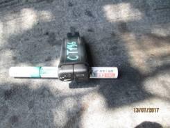 Кнопка включения кондиционера. Toyota Caldina, CT196V, CT196