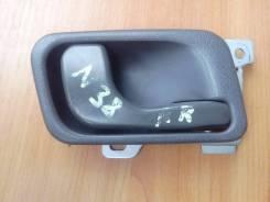 Ручка двери внутренняя. Mitsubishi Chariot, N38W Двигатель 4D68