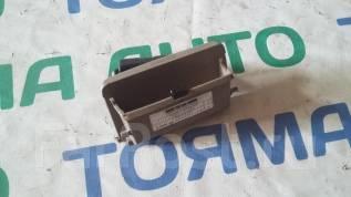 Крышка блока предохранителей. Toyota Camry, SV41