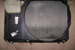Радиатор охлаждения двигателя. Toyota Crown, JZS171, JZS171W Двигатель 1JZGTE