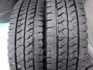Bridgestone Blizzak W979. Зимние, без шипов, 2014 год, износ: 10%, 2 шт