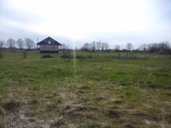 Продаю земельный участок. 1 000 кв.м., собственность, от агентства недвижимости (посредник)