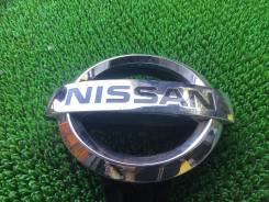 Эмблема решетки. Nissan Patrol, Y62