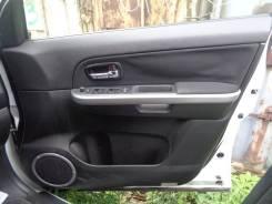 Обшивка двери. Suzuki Escudo, TD94W, TD54W Двигатели: J20A, H27A