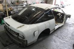 Задняя часть автомобиля. Nissan 180SX