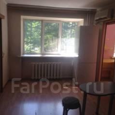 3-комнатная, улица Некрасова 50. Центр, частное лицо, 42 кв.м. Вид из окна днём