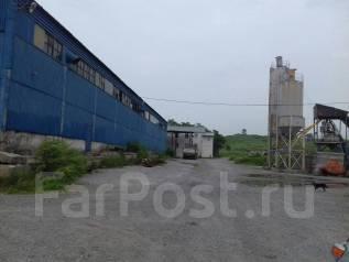 Продается база (на базе имеются производственно-складские помещения). Шоссе Новоникольское 1, р-н Новоникольское шоссе, 2 300 кв.м.