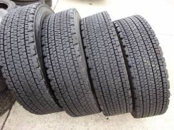 Bridgestone W900. Зимние, без шипов, 2015 год, износ: 40%, 1 шт. Под заказ