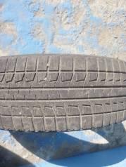 Bridgestone Blizzak Revo2. Зимние, 2010 год, износ: 10%, 4 шт