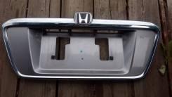 Накладка крышки багажника. Honda Odyssey, LA-RA6, GH-RA7, GH-RA6, LA-RA7