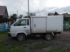 Toyota. Продается грузовой фургон Liteace, 2 000 куб. см., 1 000 кг.