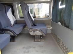 Ford Transit. Ford Tranzit, 2 200 куб. см., 16 мест