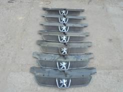 Решетка радиатора. Peugeot 406