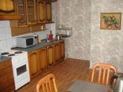 2-комнатная, улица Анны Щетининой 3. Снеговая падь, частное лицо, 57 кв.м. Кухня