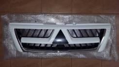 Решетка радиатора. Mitsubishi Montero, V60 Mitsubishi Pajero, V75W, V68W, V73W, V65W, V60, V63W Двигатели: 6G74, GDI, 4M41, 6G72, DI