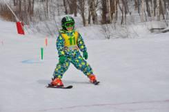 Сноубординг, лыжный спорт.