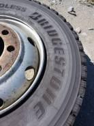 Bridgestone W910. Зимние, без шипов, 2015 год, износ: 5%, 6 шт