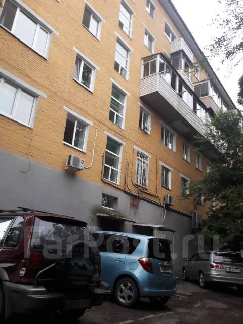2-комнатная, проспект 100-летия Владивостока 45. Столетие, частное лицо, 44 кв.м. Дом снаружи